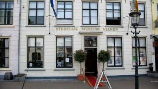 De schuilkerk in het Stedelijk Museum Vianen dateert van omstreeks 1650. In de museumtuin zijn geregeld exposities van beelden en sculpturen te bewonderen.